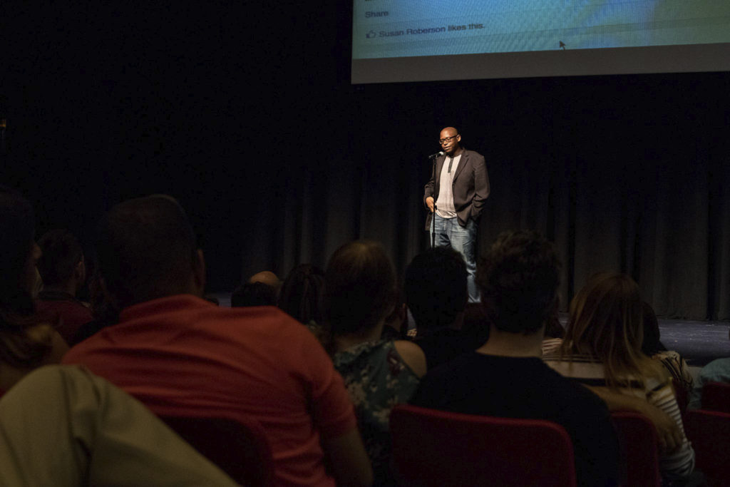 "Julian Chambliss presenting ""The History That You Feel"" at PechaKucha Nite Orlando v.18, photo by Davina Hovanec"